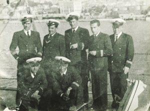 Oficiales del JOSE LUIS DIEZ en Gibraltar 1938
